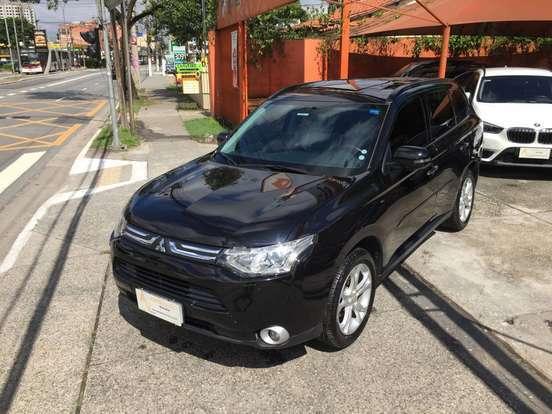 mitsubishi-outlander-3.0-gt-4x4-v6-24v-gasolina-4p-automatico-wmimagem09333590286