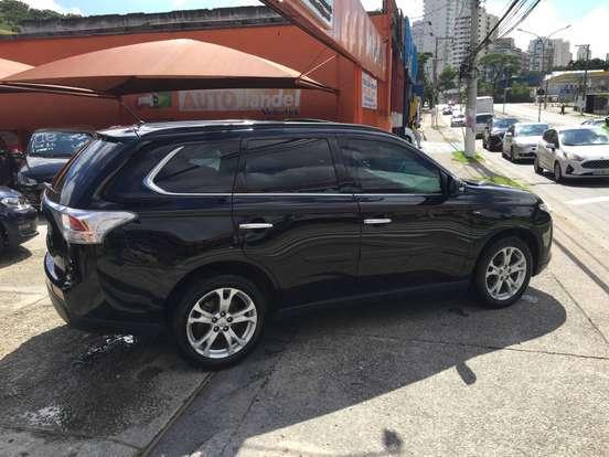 mitsubishi-outlander-3.0-gt-4x4-v6-24v-gasolina-4p-automatico-wmimagem09333701224